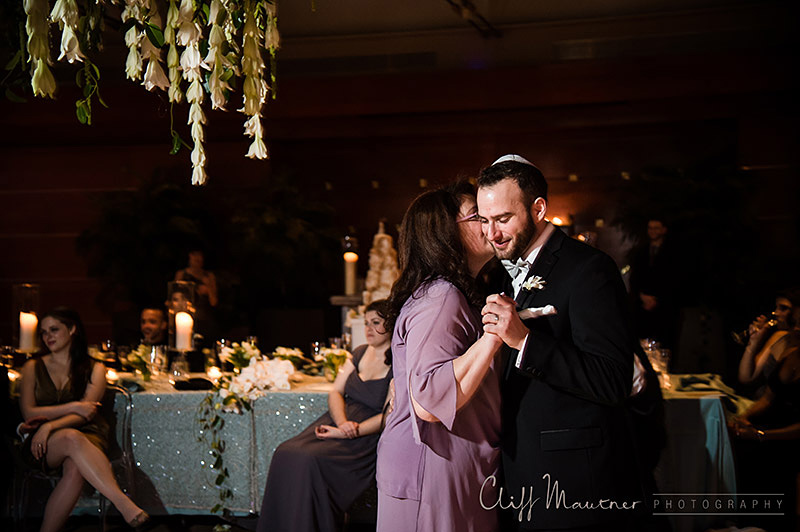 Kimmel_Center_Wedding_Photography_50